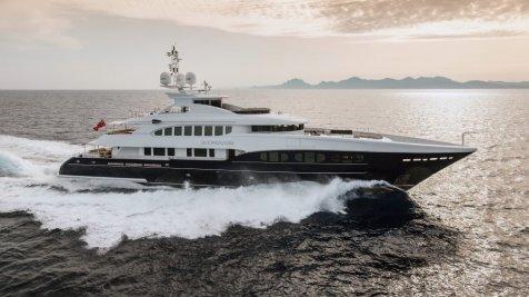yacht-sirocco