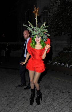 Lady-Gaga-Christmas-Tree-Outfit-London-2013